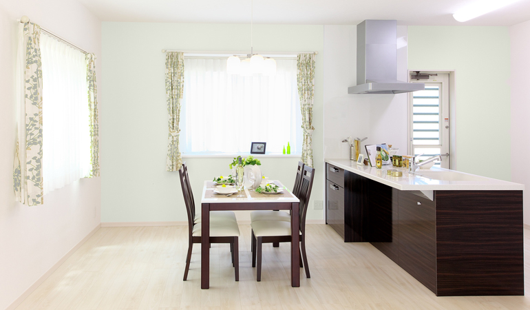 InteriorColors-Kitchen01.jpg